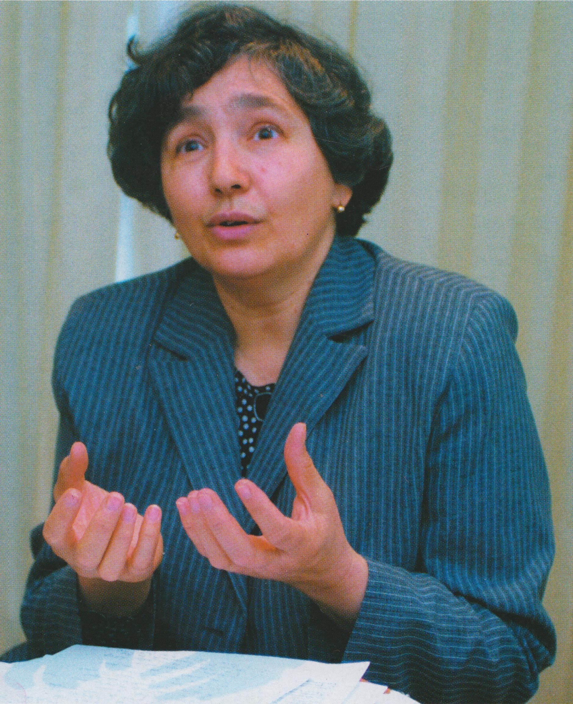 Poet Elena Liliana Popescu
